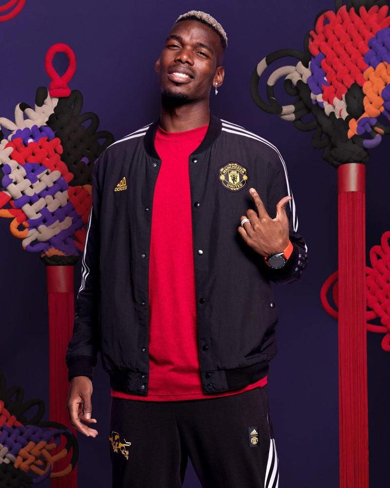 Manchester United MUFC Adidas Capospalla giubbino CNY Capodanno Cinese UOMO 0